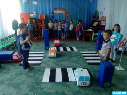 Театральными средствами борется за безопасность черниговский детский сад