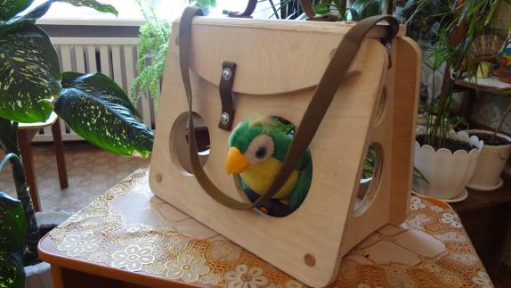 Оригинальная кормушка для птиц в детский