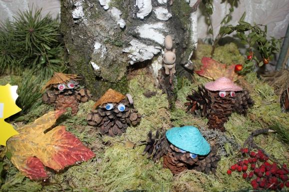 Поделки из лесного мха 29