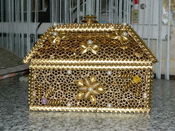 картинки коробок из макарон днем рожденья