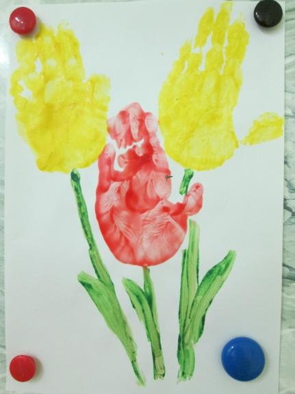 требуется рисунки коллективная работа тюльпаны ладошками эксклюзивном
