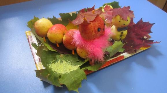 Поделки из ранеток яблок 27