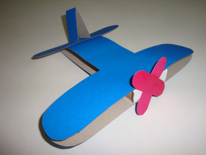 Самолетик для ребенка своими руками 57