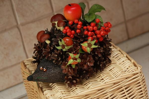 Осенние поделки из природного материала в садик