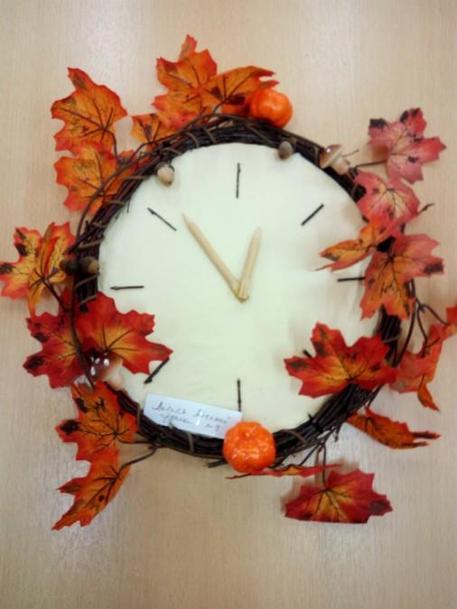 Поделка на тему осень часы 57