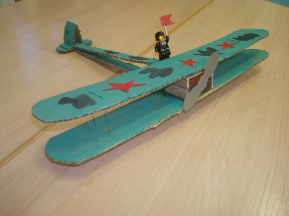 Как сделать самолет из спичечных коробков