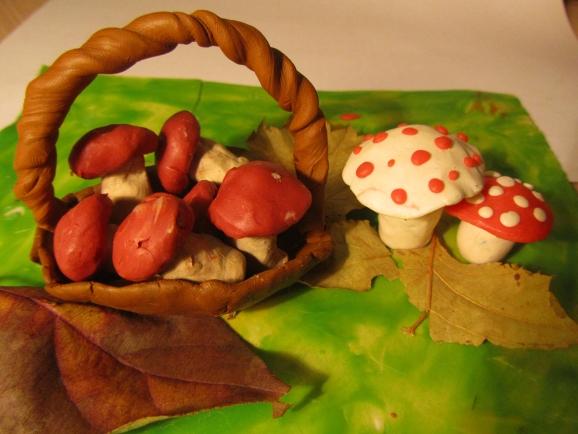 Поделки на тему ягоды и грибы 46