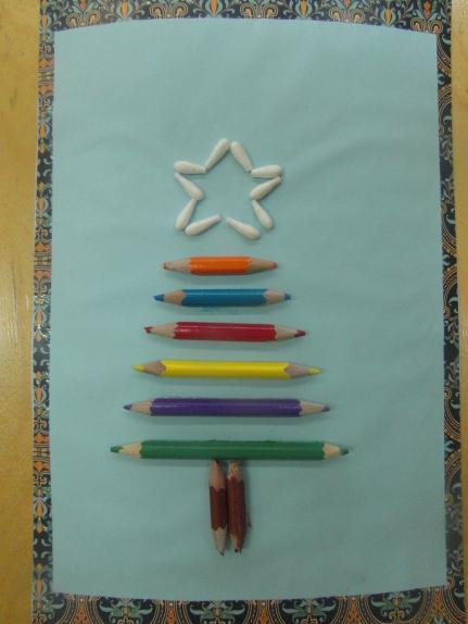 Доброе утро, открытка елка из карандашей