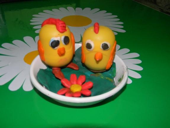 Поделки из киндер яиц и пластилина своими руками для детского сада 93