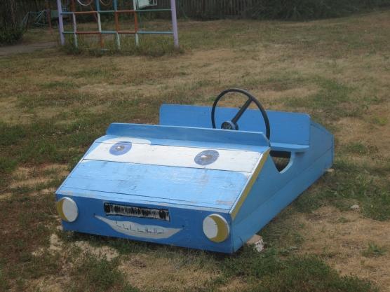 Машины на участке в детском саду фото