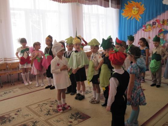 Сценарий к осеннему празднику во 2 младшей группе