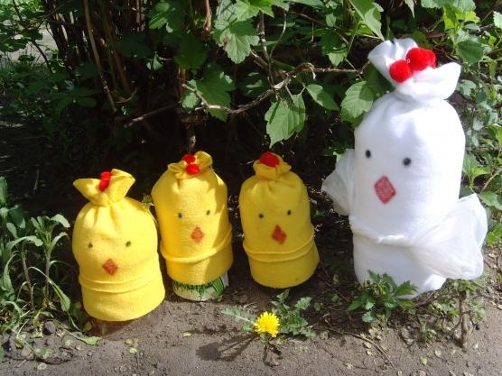 Поделка из пластиковых бутылок на участок детского сада