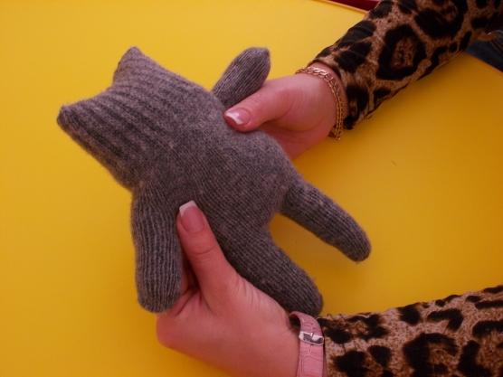Поделки из перчатки и варежки 62