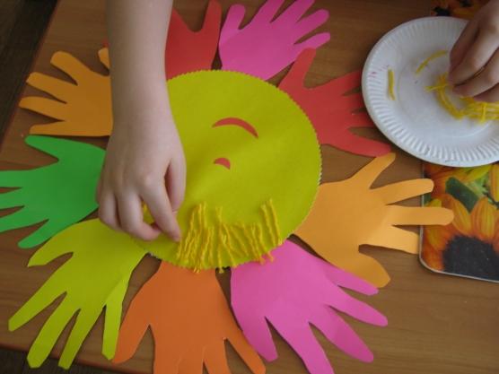 Поделки для маленьких детей из цветной бумаги