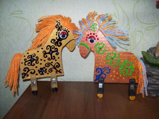 лошадки из картона