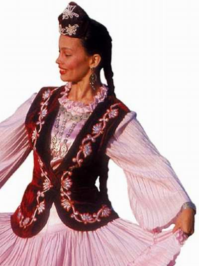 чувашский национальный костюм.