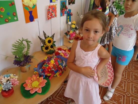 Поделка в детский сад из цветов 100
