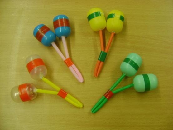 Музыкальная игрушка своими руками с фото