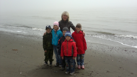 Совместная деятельность воспитателя и детей. Художественно-творческая деятельность «На морском берегу»