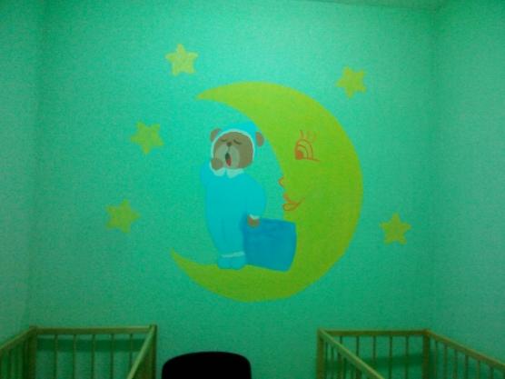 Оформление стены в детской спальне своими руками 58