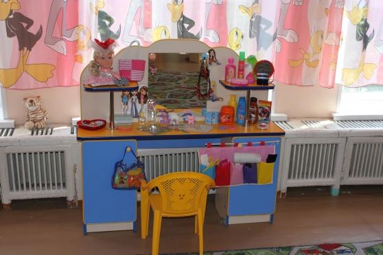 Уголок парикмахерская в детском саду своими руками фото