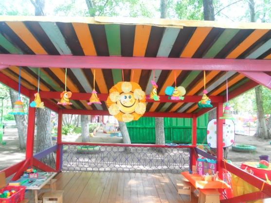 Украсить беседку в детском саду