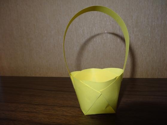 поделки из бумаги корзинки для цветов своими руками