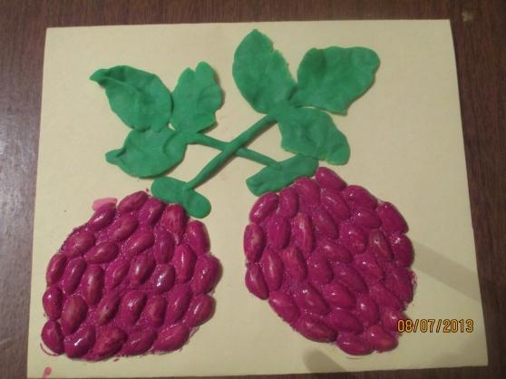 Сделать поделку ягоды 78