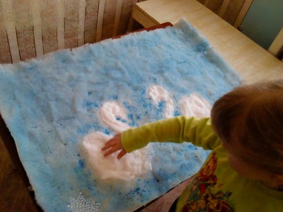 Как покрасить поделку из ваты
