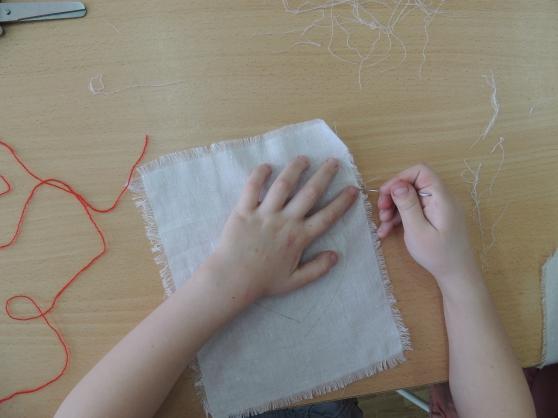 Как сделать бахрому для салфетки