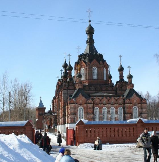 В этот же день наша экскурсия продолжилась и путь лежал в ШАМОРДИНО.  Казанская амвросиевская женская пуст ынь...