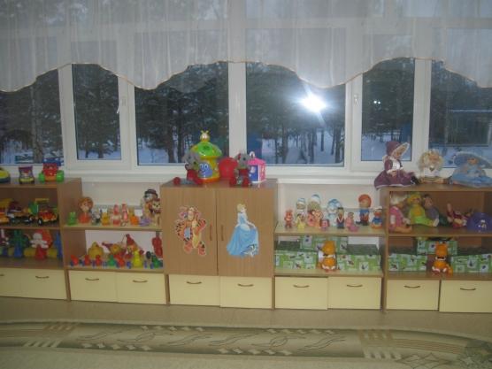 Подарки воспитателям на Новый год  Ребенок в детском саду