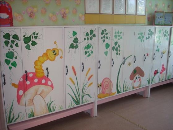 Картинки надписями, рисунок на шкафы в приемной детского сада