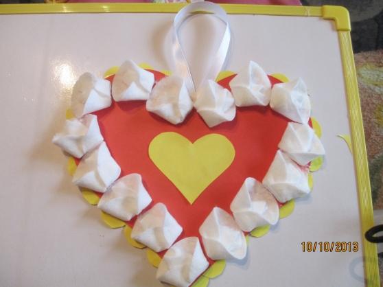 Поделка на 8 марта маме  в детском саду 20