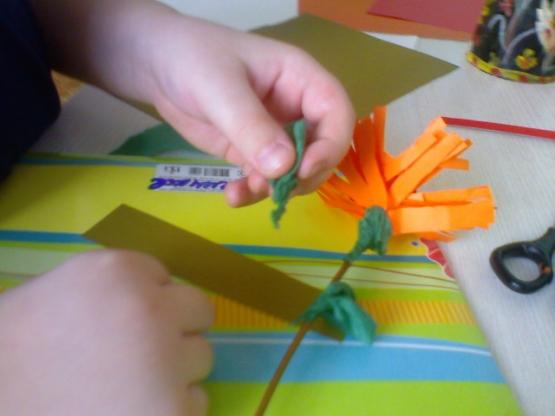 Объемные вышивкОбъёмные поделки из бумагОбъемные вышивкВязание крючком