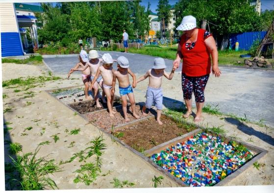 Дорожка здоровья для детского сада своими руками фото