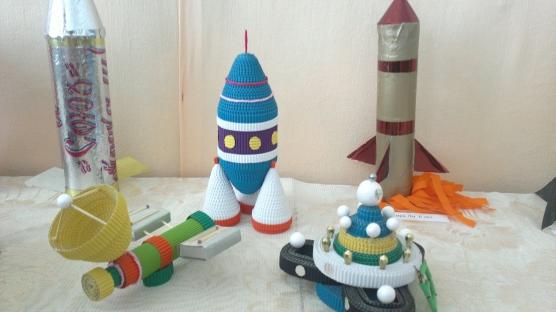 Поделки из бросовых материалов на день космонавтики