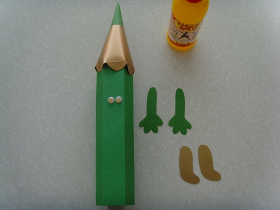 Как сделать объемный карандаш из картона своими руками