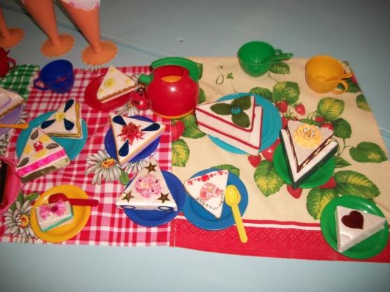 Атрибуты для детских игр своими руками фото