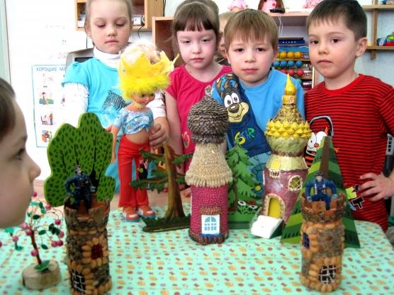 знакомим дошкольников с архитектурой кремля