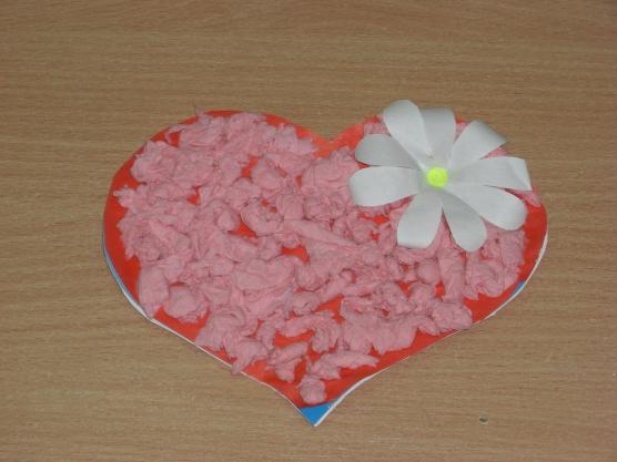 можно открытки сердечки в доу имитирует изразцы, которые