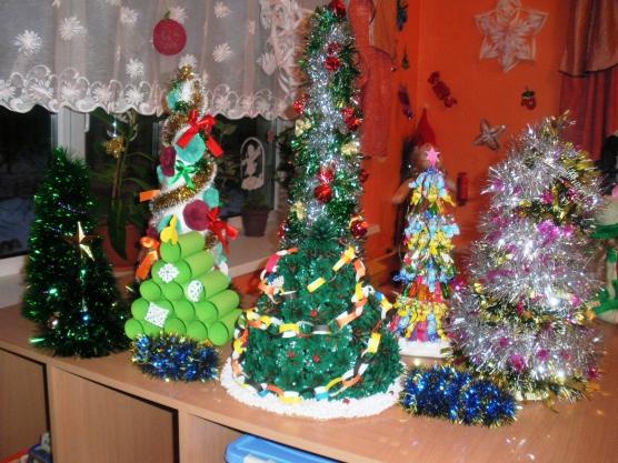 Конкурс игрушек, поделок и новогодних украшений «Новогодние