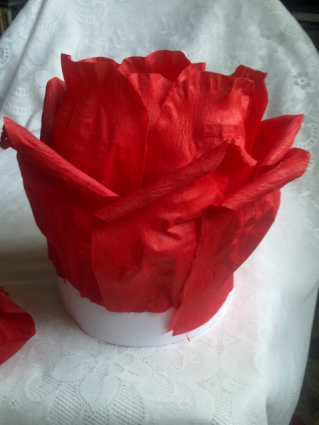Шапка роза из бумаги