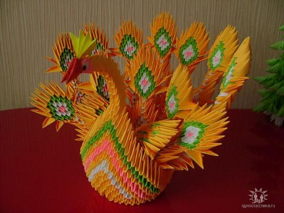 Жар-птица из бумаги оригами