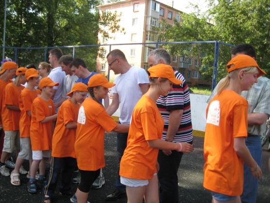 Спортивный праздник сценарий для взрослых.ру