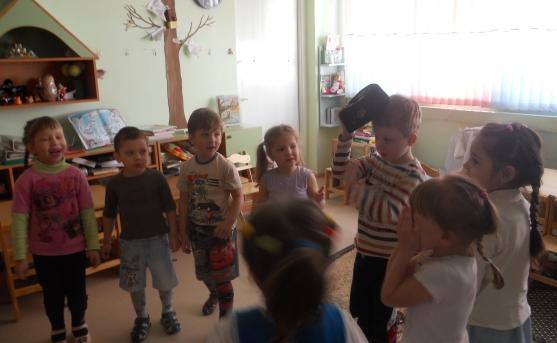 как знакомить ребенка с народными играми