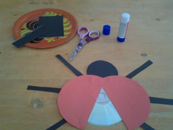 Поделка божья коровка из дисков своими руками для детского сада