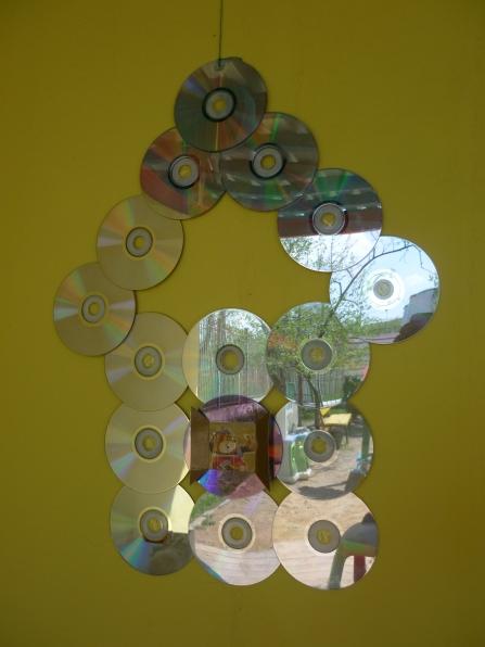 Поделки из дисков на веранду в детском саду 71