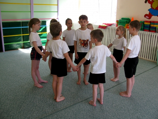 игра на знакомство для детей подвижная