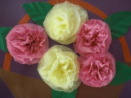 Открытка на 8 марта с цветами из салфеток, картинки